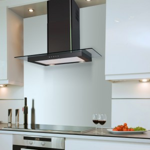 90cm Flat Hood With Glass in Black